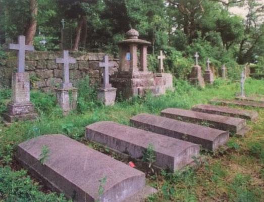 悟真寺の国際墓地
