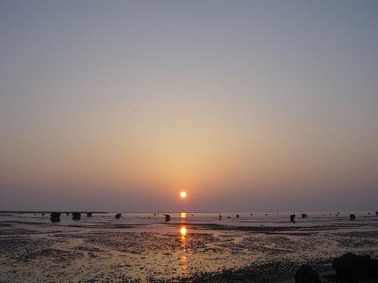 左和田浜(伊良部島)の夕陽