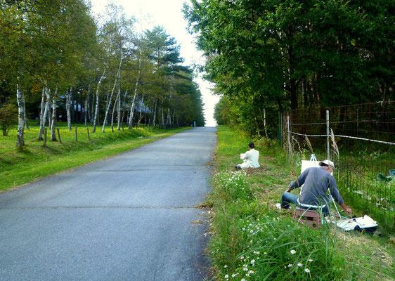 小海町高原美術館近くの白樺並木をスケッチ