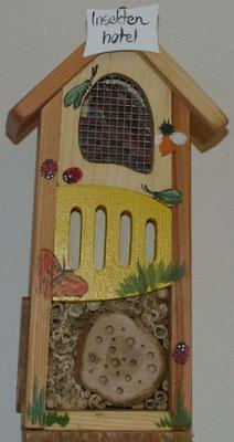 Insektenhotel, Breite: 20 cm Länge: 11 cm Höhe: 38 cm