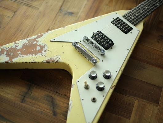 Gibson - Flying V CW - Dirty V Custom