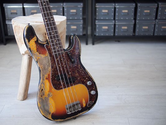 "Fender Custom Shop - 1963 Precision Bass - 3TS Relic - ""Custom Heavy Relic"""