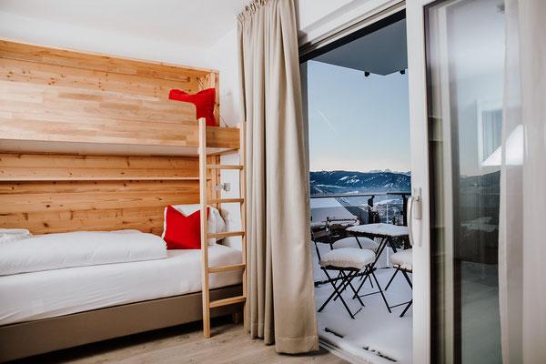 Schrankbett Schlafzimmer 3 Hochwurzen Suite: für 2-3 Personen mit Blick zum Dachstein