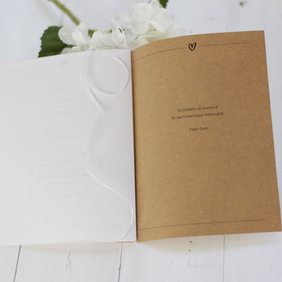 Druckt euch zu eurer Hochzeit das Kirchenheft selber aus. Herunterladen, mit euren Daten füllen und ausdrucken. www.die-kleine-designerei.com