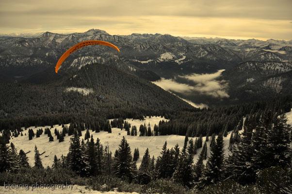 hirschberg / lake tegernsee: paragliding