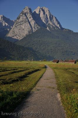 mountain biking around wetterstein and zugspitze