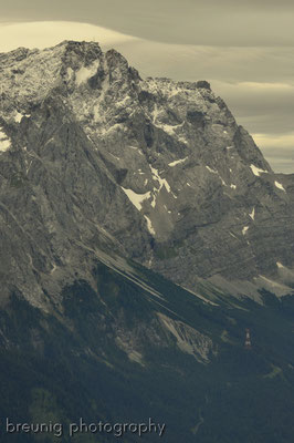 mountains in grey - wetterstein: massif of zugspitze