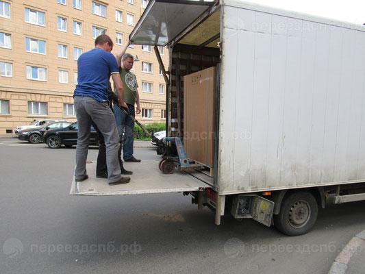 Перевозка сейфов в СПб