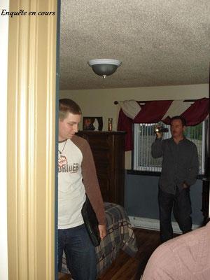 Kevin et Michel en début d'enquête.