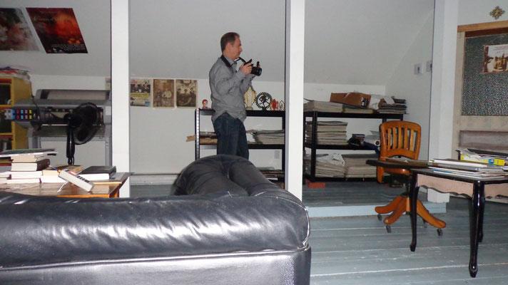 Michel, enregistre et prends plusieurs clichés du 3e étages