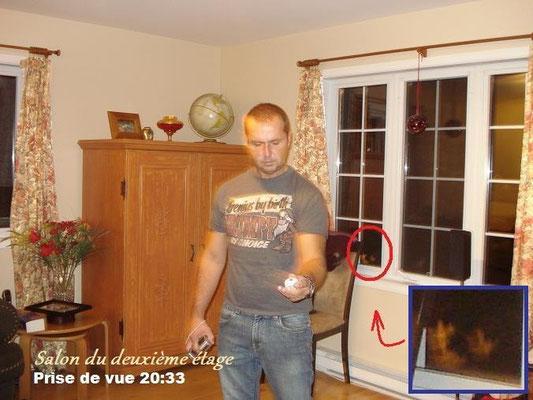 « Observez bien cette photo ». Que voyez-vous? Pour mieux voir, regardez l'image suivante.