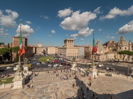 Piazza Venezia  [Rome, 2019]