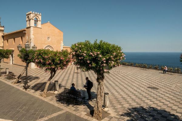 Siciliy, Taormina, Main Plaza without any tourists