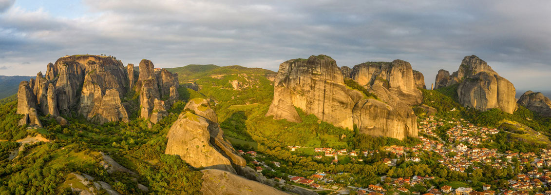 Panorama - Meteora on the left, and Kalabaka twon on the right