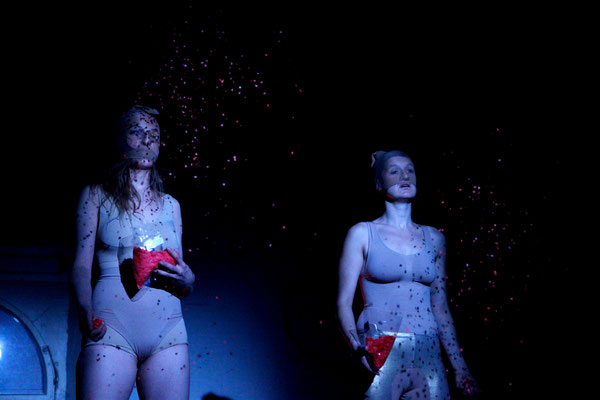Nixen Reloaded / KOIKATE / Lisa Scheibner, Lea Walloschke /  Regie - Sebastian K. König / Fotografin - Constanze Flamme