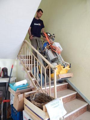 Levigatrice per Parquet che sale le scale con il Master 180 TCS/Elviotrolley , foto2