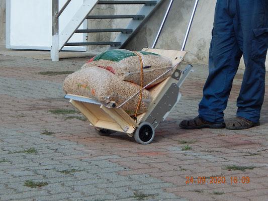 carrello scale per il pellet
