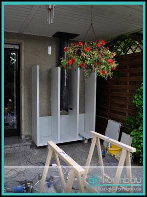 Holzregal auf Maß im Außenbereich