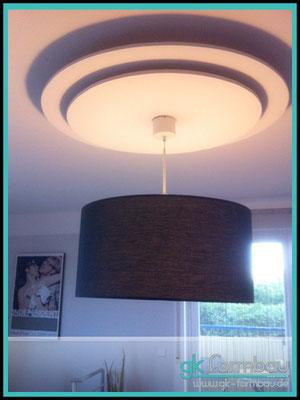 Schattenwurf Deckenlampen Unterbau