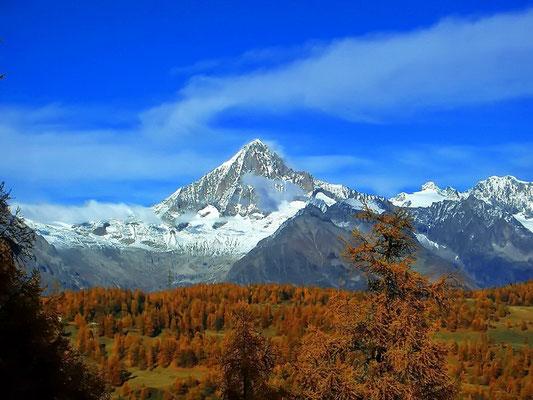 Bietschhorn im Herbst auf 3934 m ü.  M.