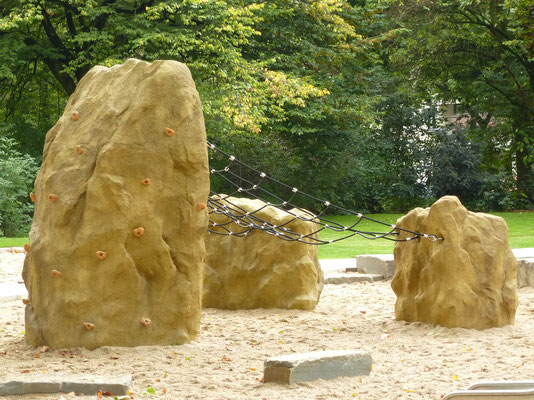 Kletterfelskombi Meteorit mit Flächennetz