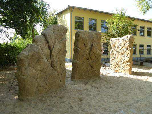 Kletterfelskombi mit Spinnenetz für Schulhof