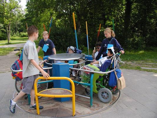Rollstuhlfahrerkarussell