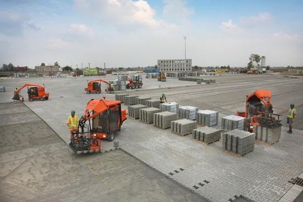 Colocación de adoquines en terminales de contenedores