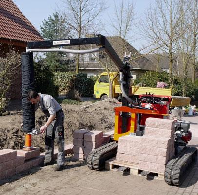 Colocación de piezas de muro de hormigón