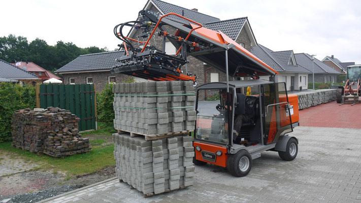 Máquina de colocación de adoquines S-19 adaptada para coger adoquines de paquetes en doble altura