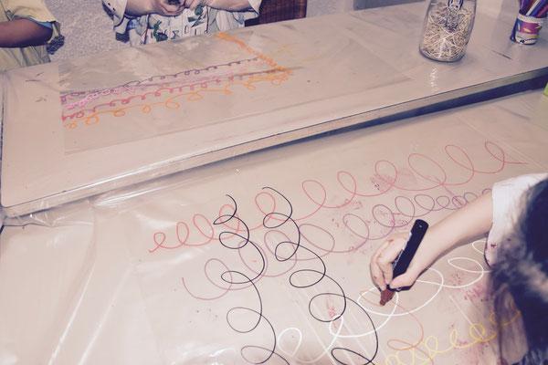 boucles sur papier fleuriste, atelier idéephémère, 64260 Bielle