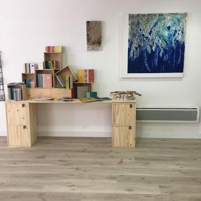 """dépôt des créations de l'atelier idéephémère: reliure et tableaux Locaski"""", 5 rue du port, 64440 Laruns"""