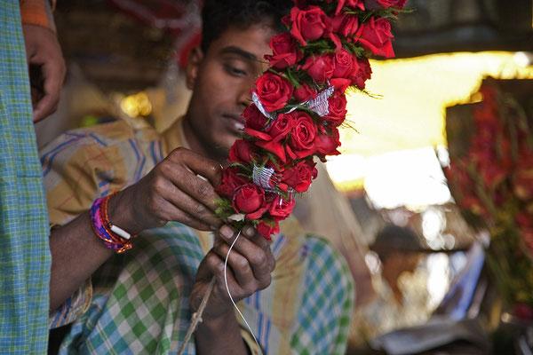 Auf dem Blumenmarkt von Kolkata Westbengalen Indien