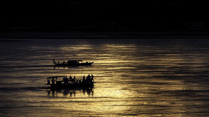 Mekong bei Kratie/ auf der Suche nach den Süßwasserdelfinen