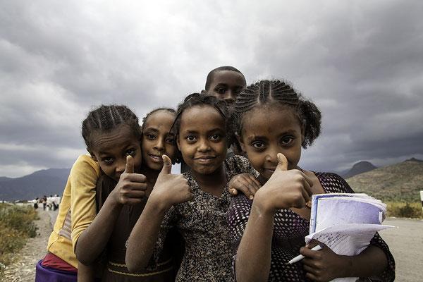 Tigray Mädchen im Norden Äthiopien