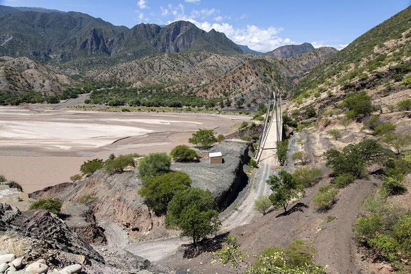 Brücke über dem Rio Grande in Bolivien
