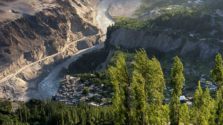 Hunza Tal in Nordpakistan Pakistan