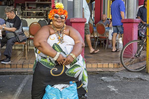 Frau in Papeete
