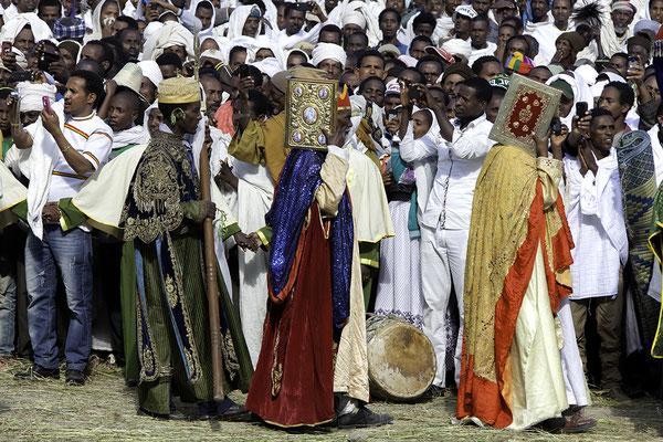 Prozession auf dem Marienfest Hidar Zion, Äthiopien