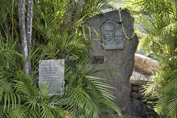 Grab von Jacques Brel in Atuona auf Hiva Oa