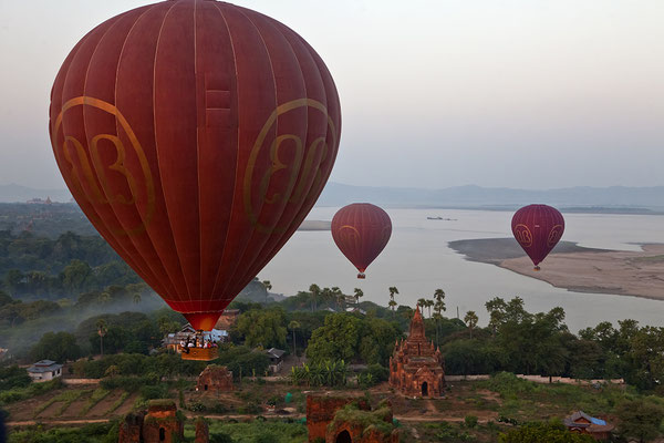 Ballon über Bagan, Myanmar