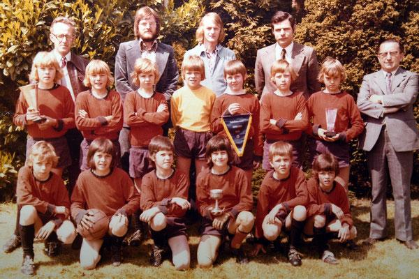 Scholentornooi '74-'75