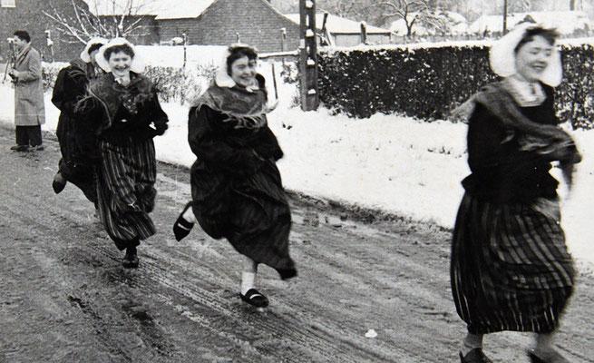 Diamanten bruiloft segers-neyens 1956 housloupe vrouwen