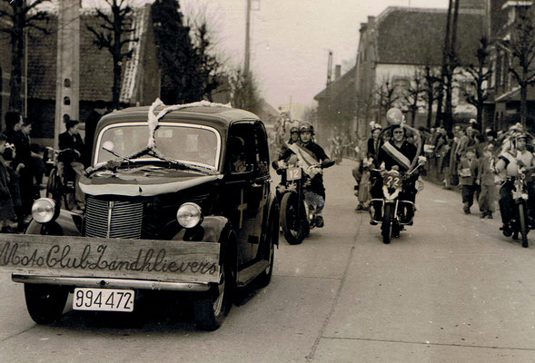 Auto met plaat MC De Zandklievers werd bestuurd door Jos Winters