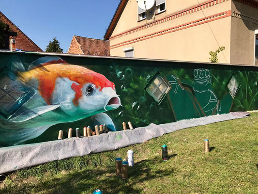 Spreewald Lübben Fassadenmalerei Graffiti Künstler