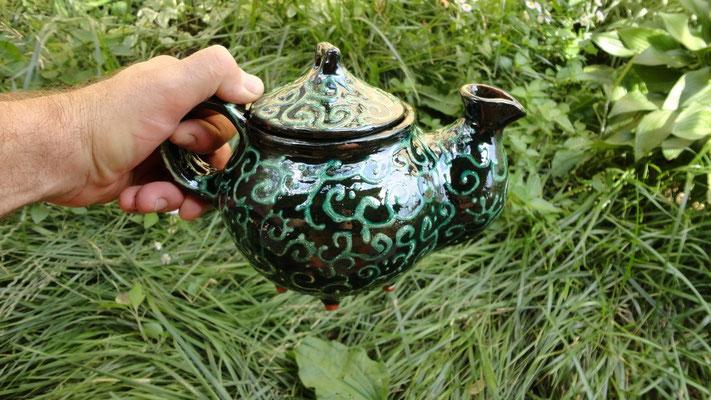 чайник заварочный чай в нем чудесен и вкусен