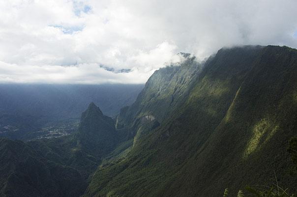 Éclairci. L' Entre-Deux - Île de la Réunion - Août 2016.