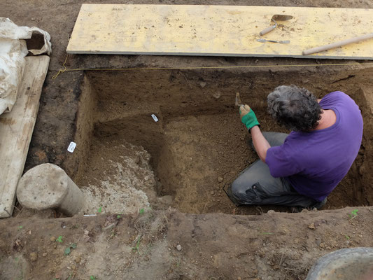 Archälogie ist oft Handarbeit (Foto: Ronny Kummer)