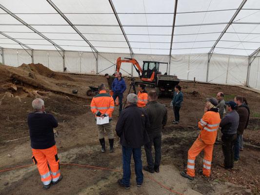 Grubenkommission besucht die Grabstätte (Foto: Ronny Kummer)