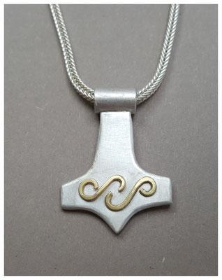Thor´s Hammer aus Silber mit Feingoldbelötung